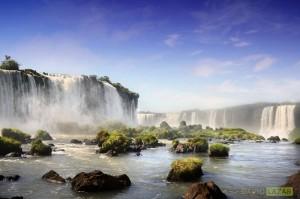 Iguazu Falls Scene
