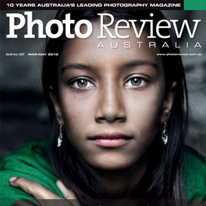 The Story Behind Photographing the Girl With Green Eyes in Bangladesh