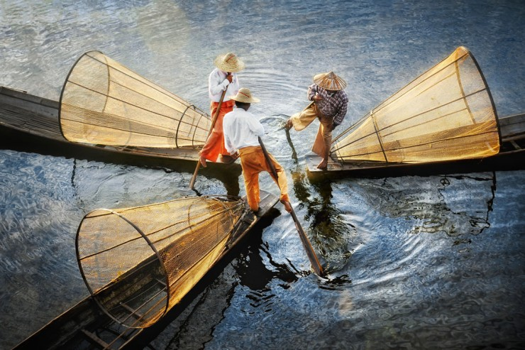Three-fishermen-on-inle-lake-aerial